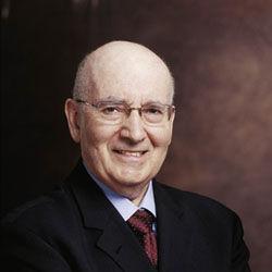 美国著名市场营销学家菲利浦·科特勒教授